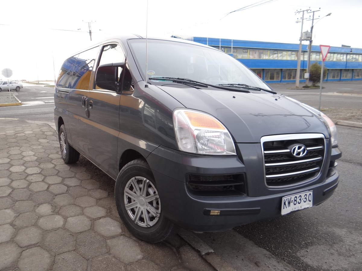 Comfortable minivan in all ports of call Chile